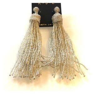Chic dangly beaded earrings!